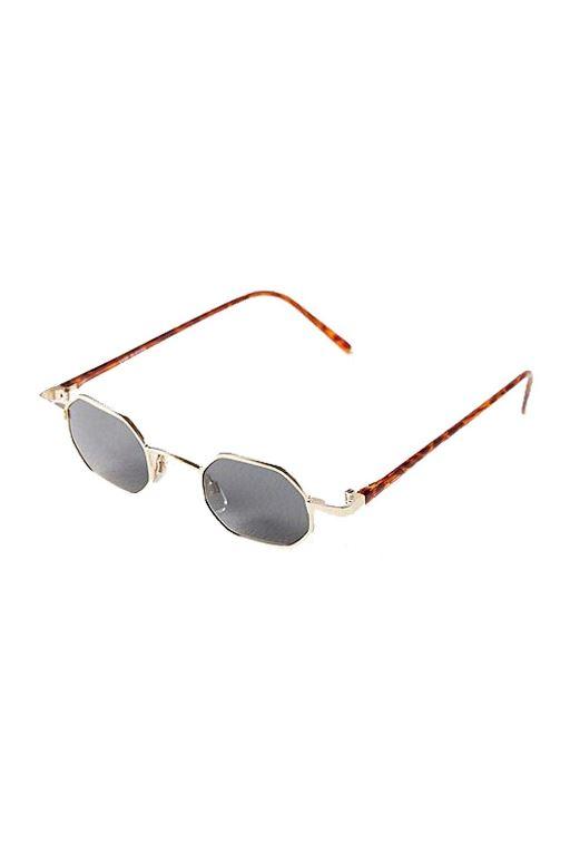 Πολυγωνικά γυαλιά ηλίου Urban Outfitters (www.urbanoutfitters.com) 2dcbc80b48a