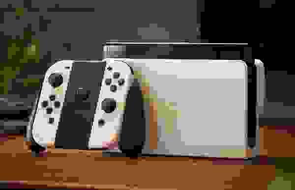 """Νέο Nintendo Switch: επίσημο, βελτιωμένο """"στα σημεία"""""""